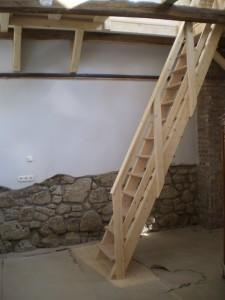 Megépült  a lépcső